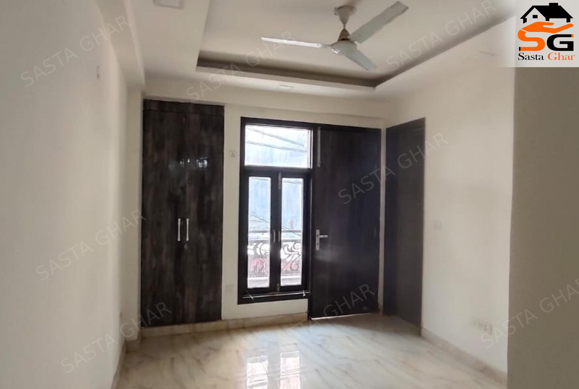 2 bhk flats near chattarpur enclave image