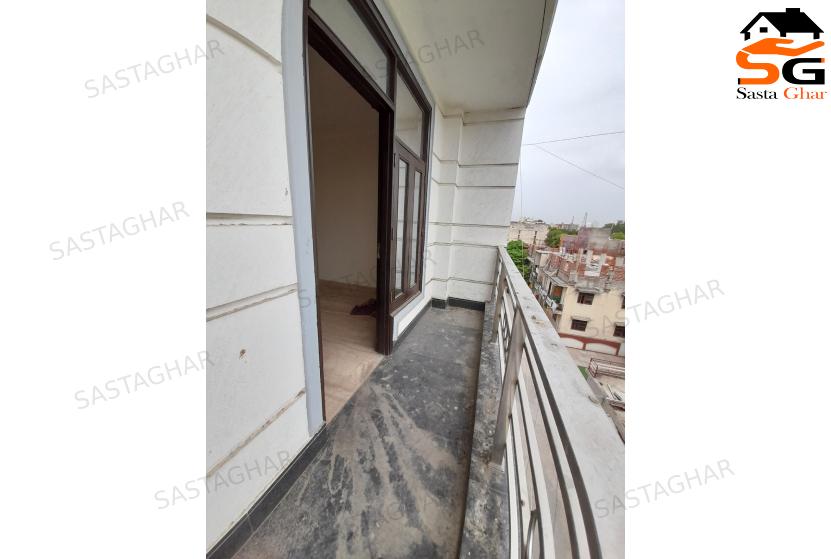 3 BHK flat In Chhatarpur Delhi Image
