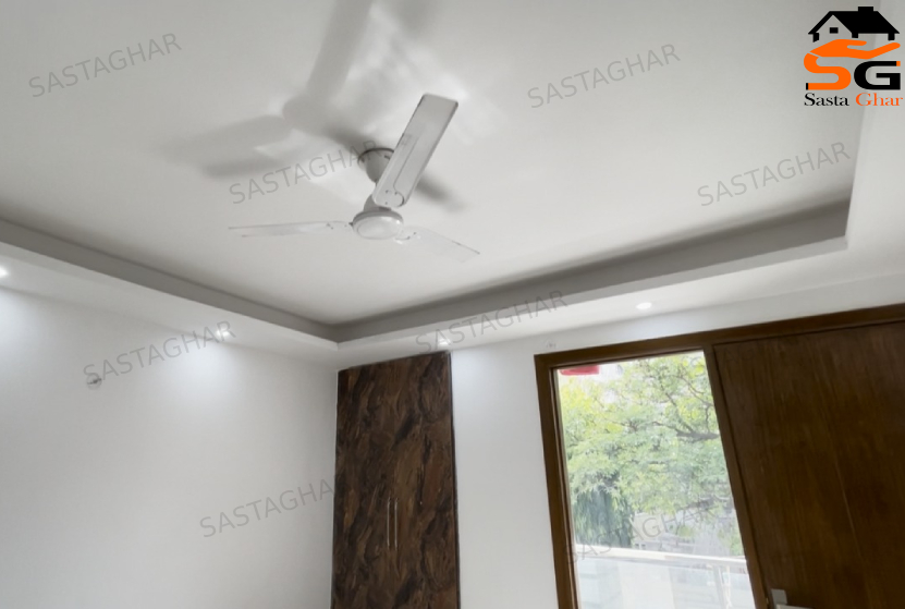 4 BHK Luxurious Flat In South Delhi Image